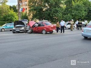 Четыре человека, в том числе ребенок, пострадали в массовой аварии на проспекте Гагарина