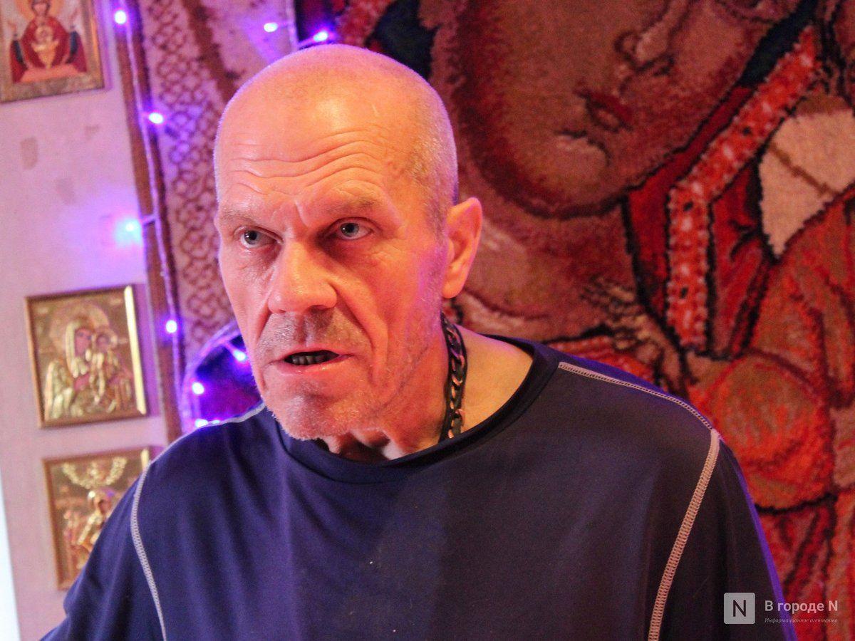 Хозяин «Дома ужасов» на Нижегородской пообещал убрать с фасада череп и расстаться с собаками