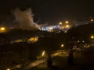 Стала известна причина крупного пожара на Нижне-Волжской набережной (ФОТО)