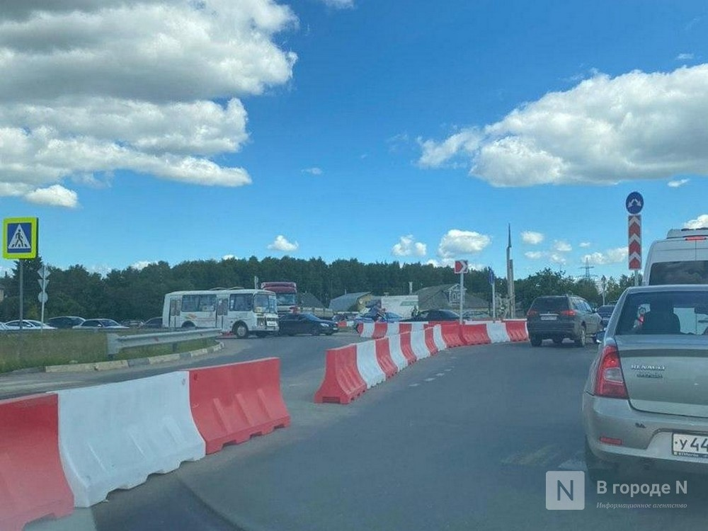 Изменилась схема движения транспорта на развязки в деревне Ольгино - фото 1