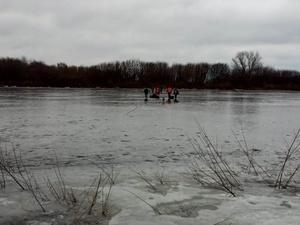 Горе-рыбаков спасают на Гребном канале с самого утра