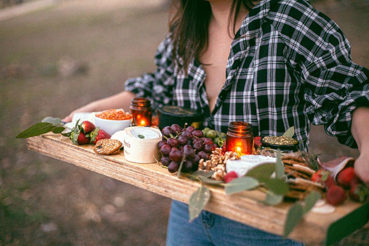 Самые странные правила поведения за обеденным столом в разных странах