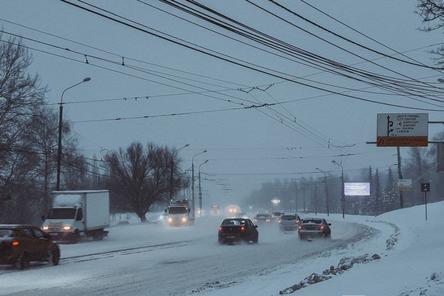 Белый плен: как Нижний Новгород борется с последствиями трехдневного снегопада