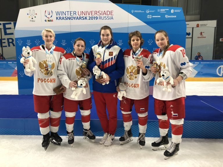 Четырем хоккеисткам СКИФа присвоили звания мастеров спорта - фото 2