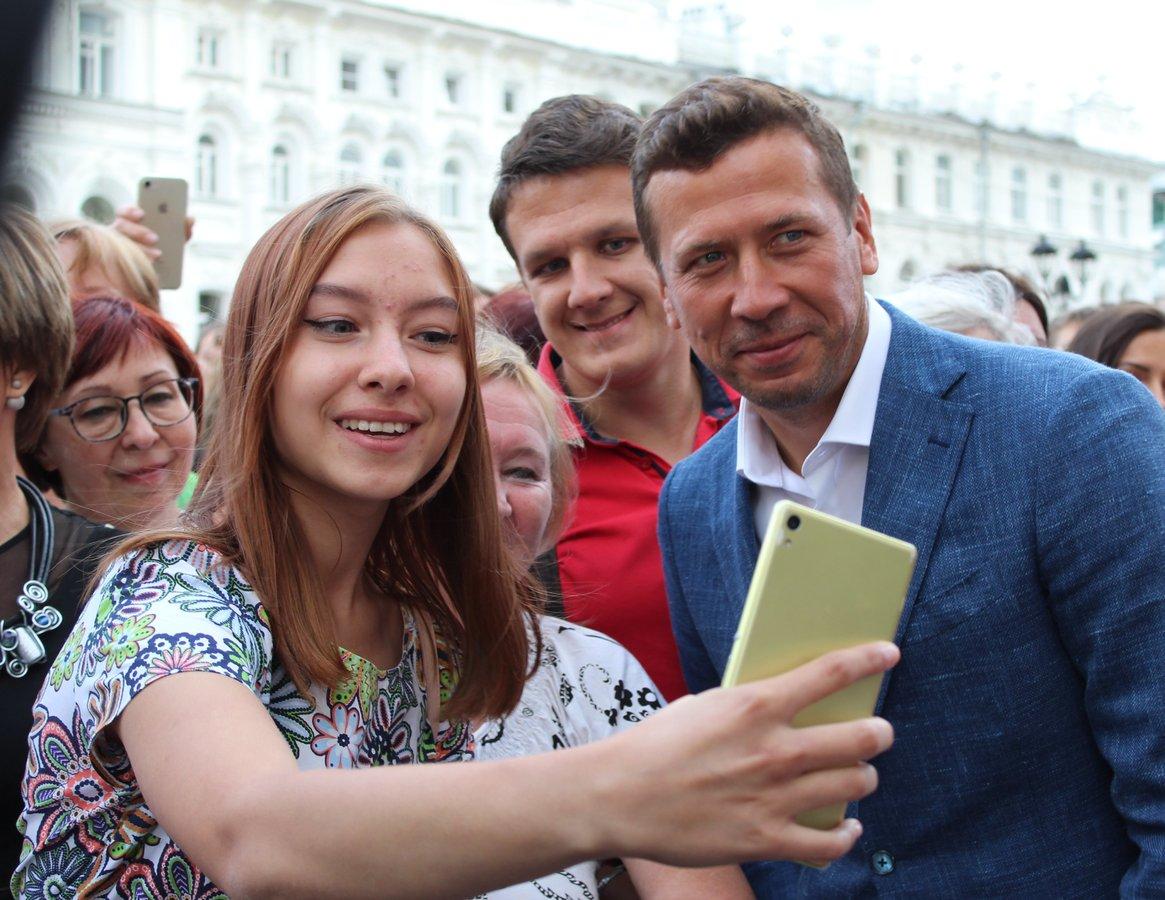 Звезды российского кино приехали в Нижний Новгород на «Горький fest» - фото 9