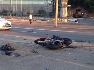 Мотоциклист разбился насмерть на Гребном канале (ФОТО)