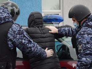 39 свертков с наркотиком изъяли росгвардейцы у подозрительного нижегородца