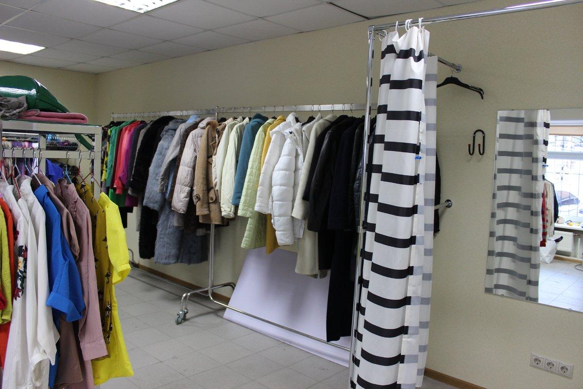 Стартап или благотворительность: в Нижнем Новгороде открылся магазин с бесплатной одеждой - фото 3