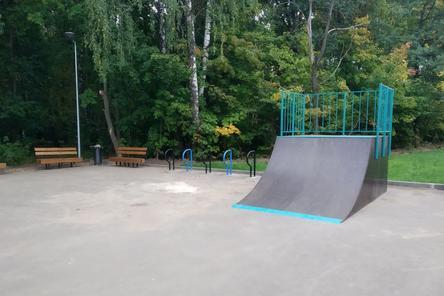 Скейт-площадку установили в сквере «Лесной массив» в Приокском районе