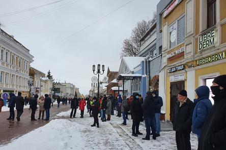 Протестующие собрались в центре Нижнего Новгорода