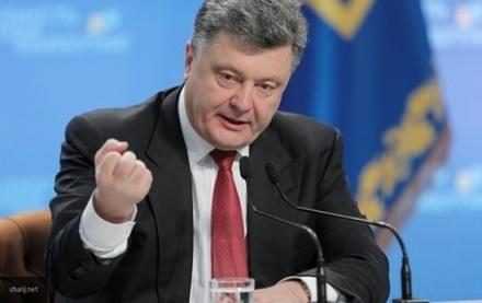 Сумасшедшее поведение Порошенко обсуждают в Сети