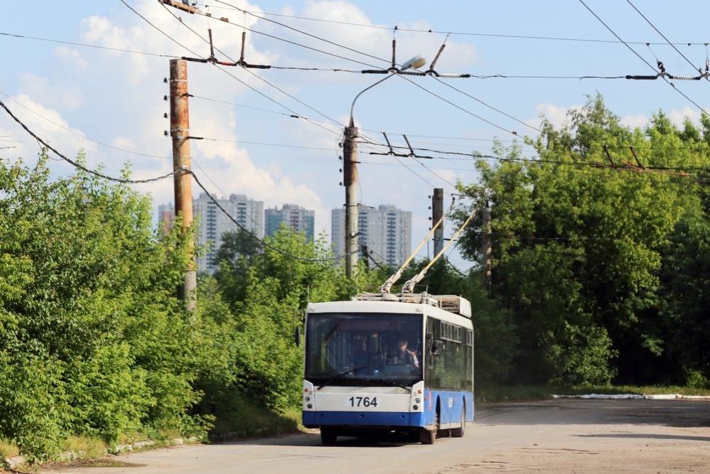 Девять троллейбусов и два трамвая, подаренные Москвой, прибыли в Нижний Новгород  - фото 1