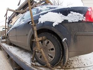 Муниципальные эвакуаторы будут перемещать автомобили только для уборки города от снега
