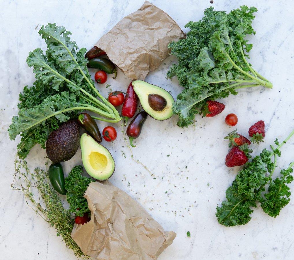 «Грязная дюжина»: названы самые пестицидные овощи и фрукты - фото 3