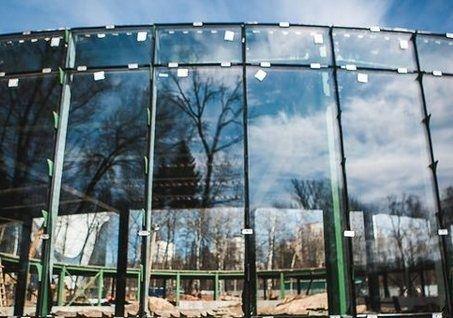 Установка витражей началась на павильонах в нижегородском парке «Швейцария» - фото 1