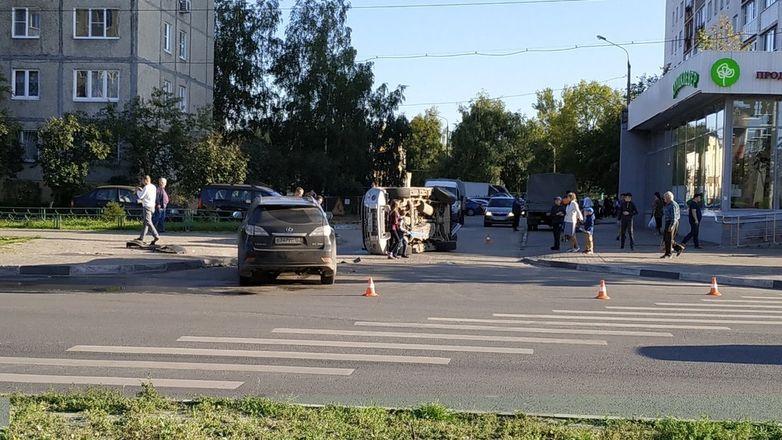 Первоклассник попал в больницу в День знаний после ДТП в Сормове  - фото 2