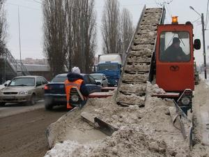 Администрация Нижнего Новгорода задолжала 320 млн рублей за уборку дорог