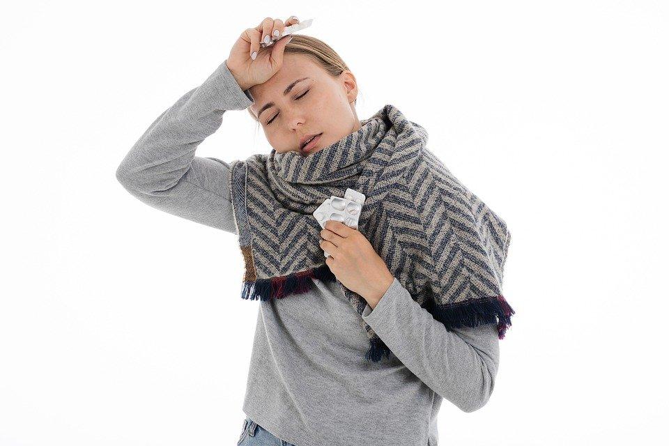 Что должно быть в вашей аптечке в сезон простуд? - фото 2