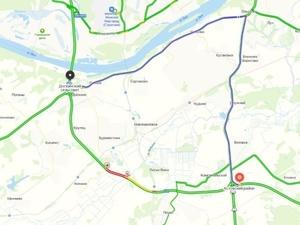 Движение на обходе Нижнего Новгорода открыли на одной полосе после ДТП с грузовиками