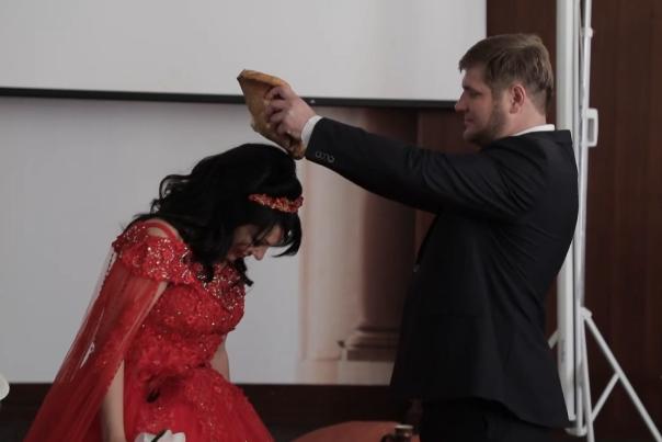 Влюбленные из Выксы поженились на съемках реалити-шоу - фото 1